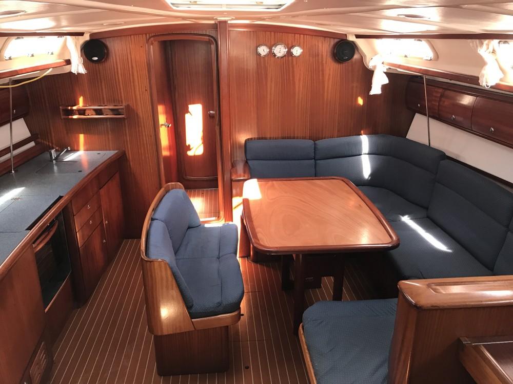 Boat rental Cala dei Sardi cheap Bavaria 44