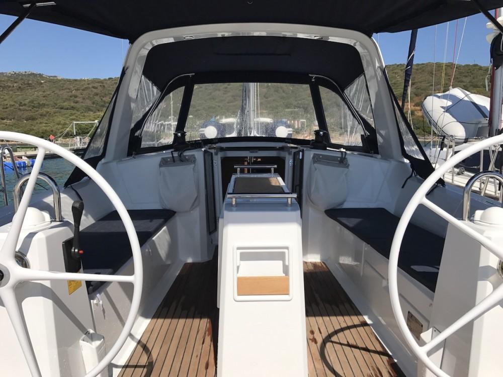 Sailboat for rent Castiglioncello at the best price
