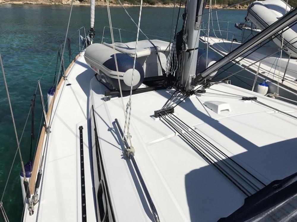 Bénéteau Oceanis 38.1 between personal and professional Castiglioncello