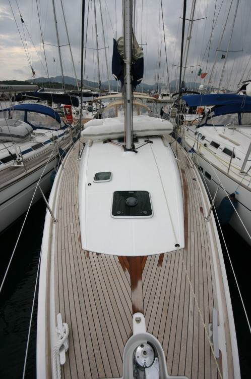 Jeanneau Sun Odyssey 42i between personal and professional Arona