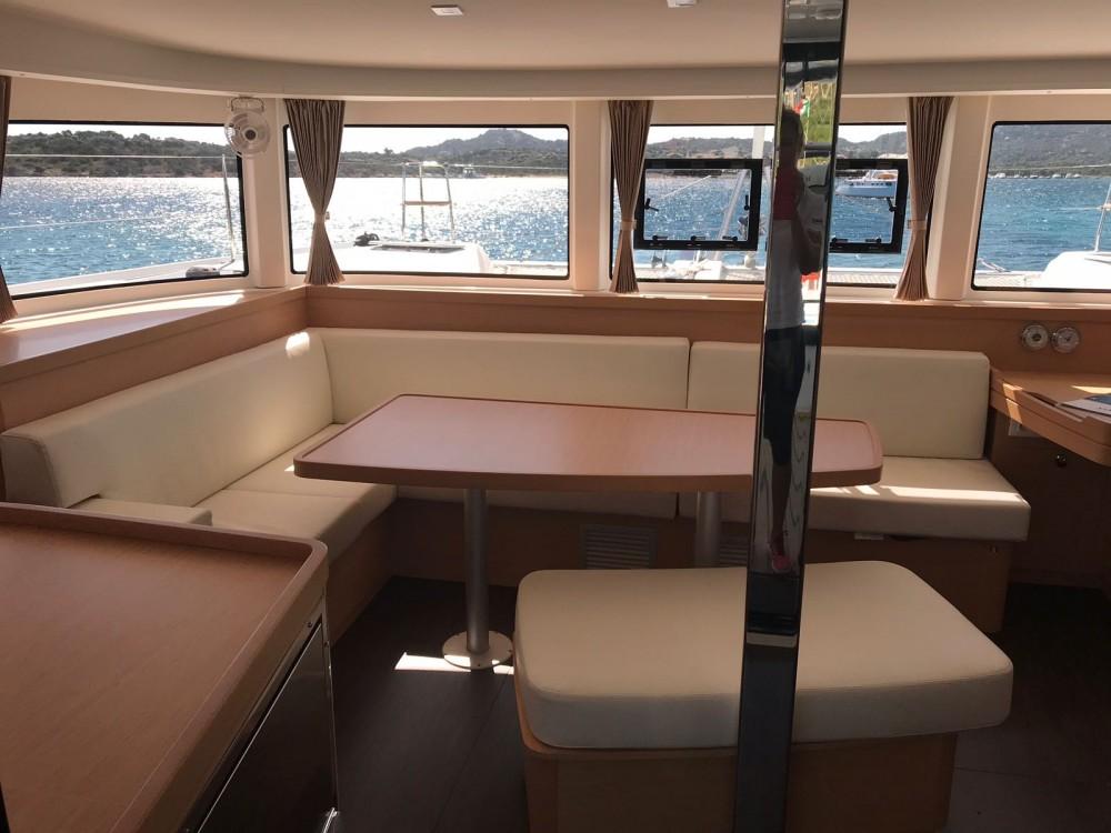 Boat rental Cala dei Sardi cheap Lagoon 42