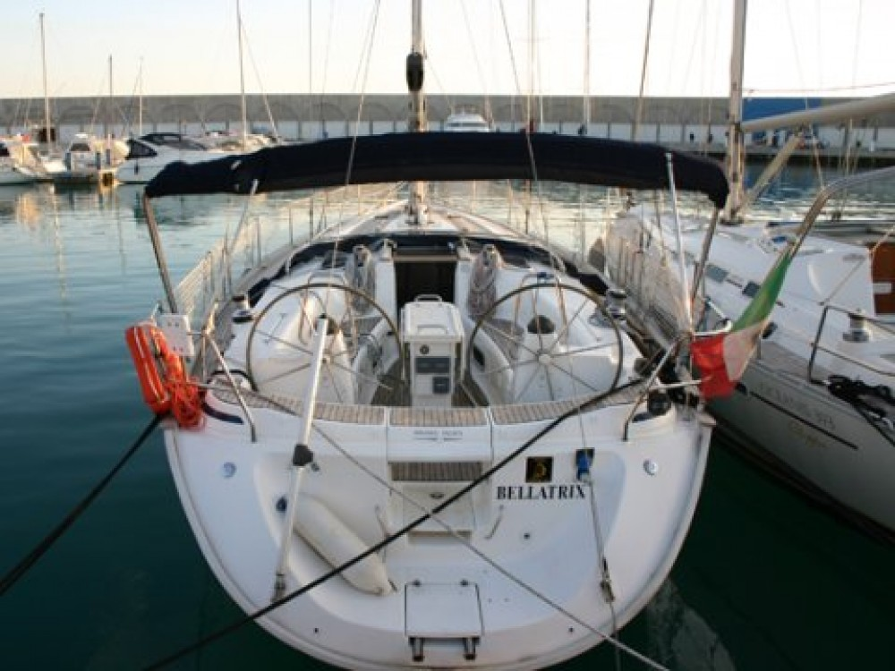Hire Sailboat with or without skipper Bavaria Castiglioncello