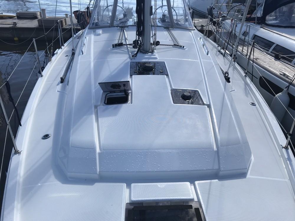 Boat rental Cala dei Sardi cheap Oceanis 41.1