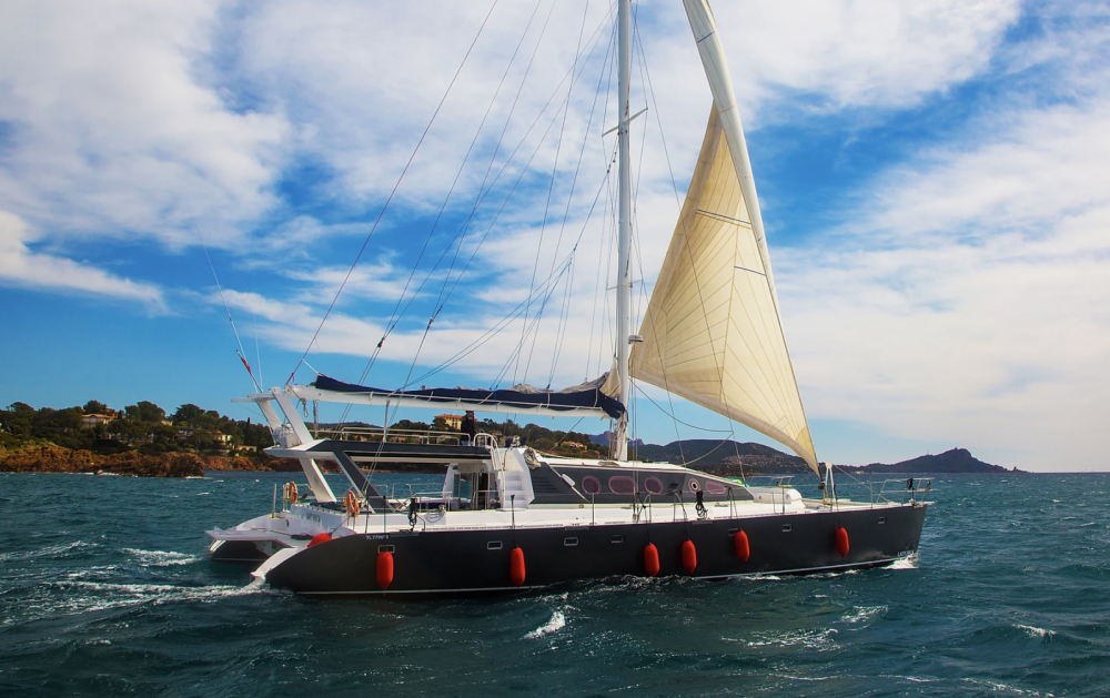 Hire Catamaran with or without skipper Alumer Cannes