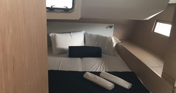 Rental Sailboat in Portisco - Bénéteau Oceanis 51.1