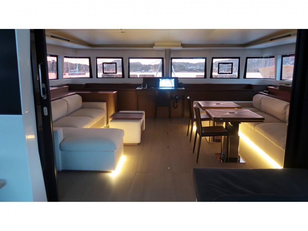 Boat rental Cala dei Sardi cheap Lagoon 620