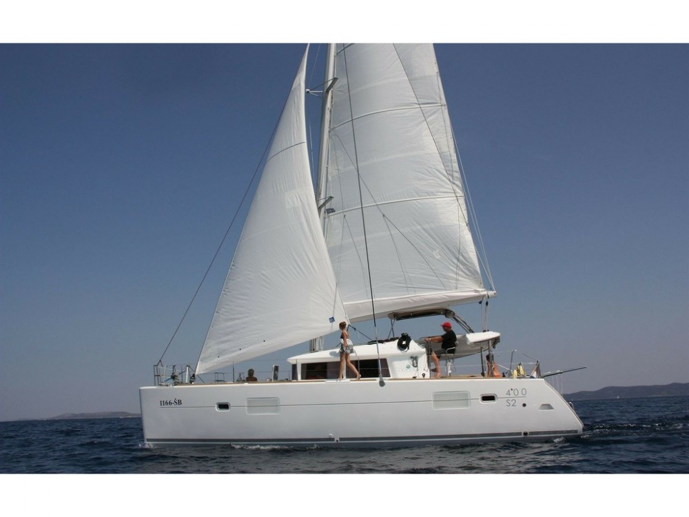 Hire Catamaran with or without skipper Lagoon Palma