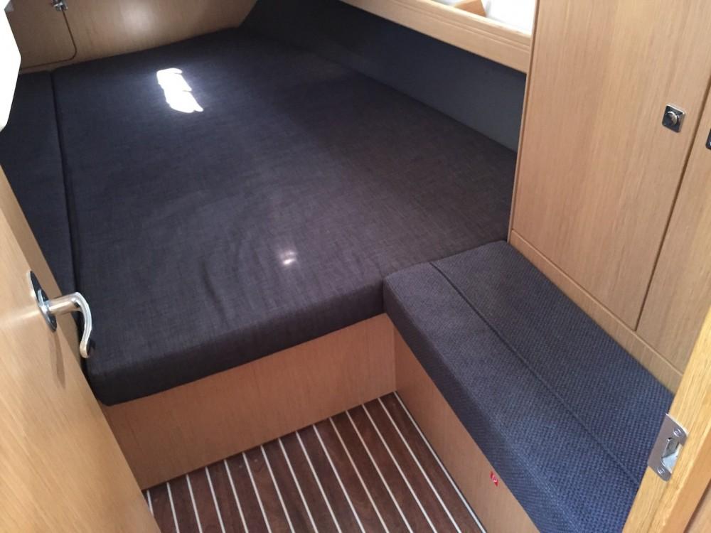 Rental yacht Castiglioncello - Bavaria Bavaria Cr 41 on SamBoat