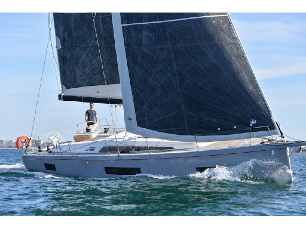 Rental Sailboat in Olbia - Bénéteau Oceanis 46.1 - 5 cab.
