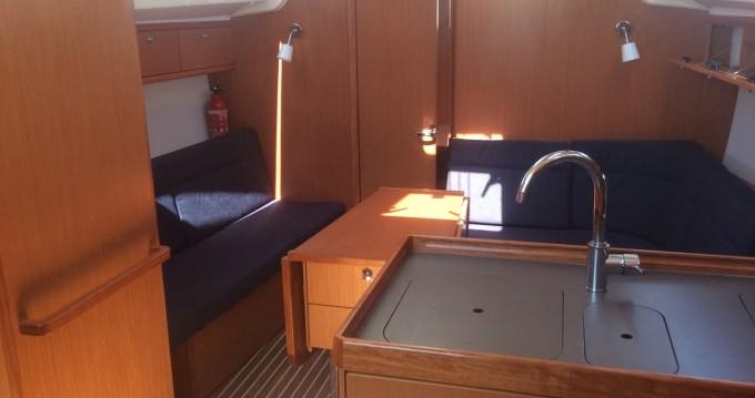Boat rental Bavaria Bavaria Cr 37 in Portisco on Samboat