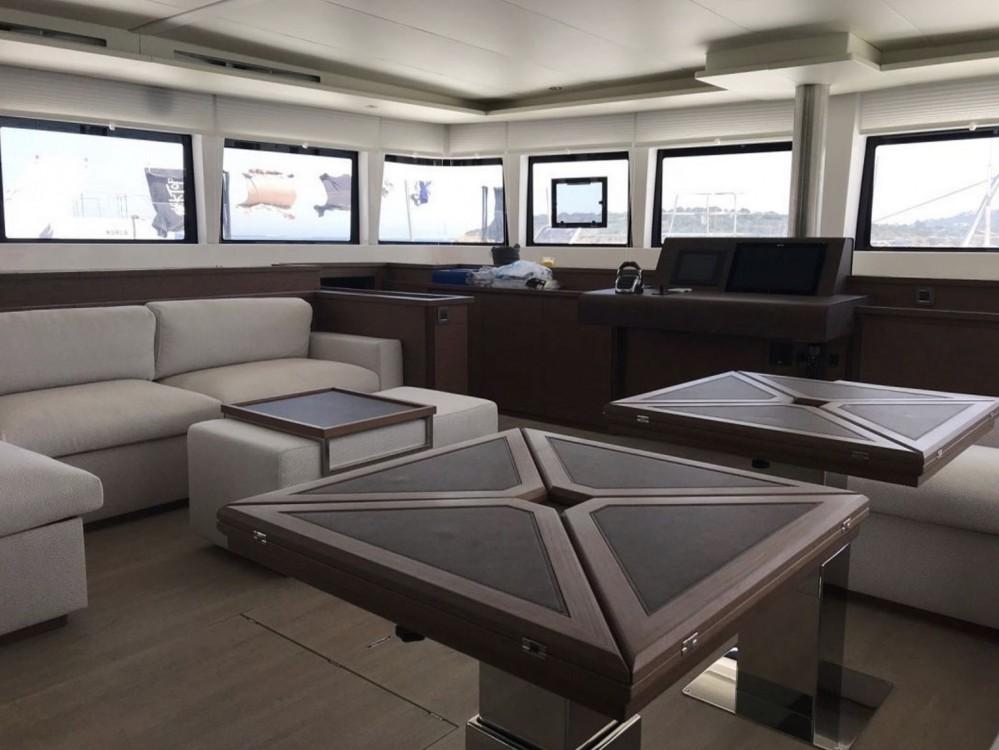 Boat rental Cala dei Sardi cheap Lagoon 620 (10+3)