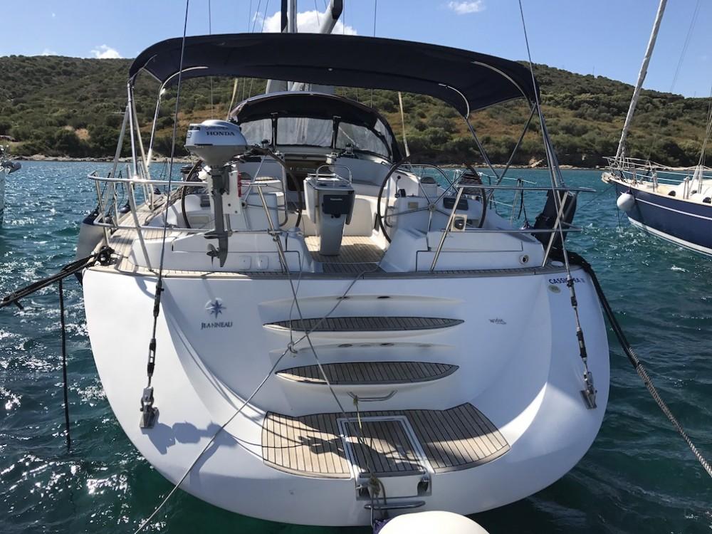 Rental yacht Cala dei Sardi - Jeanneau Sun Odyssey 54 DS on SamBoat