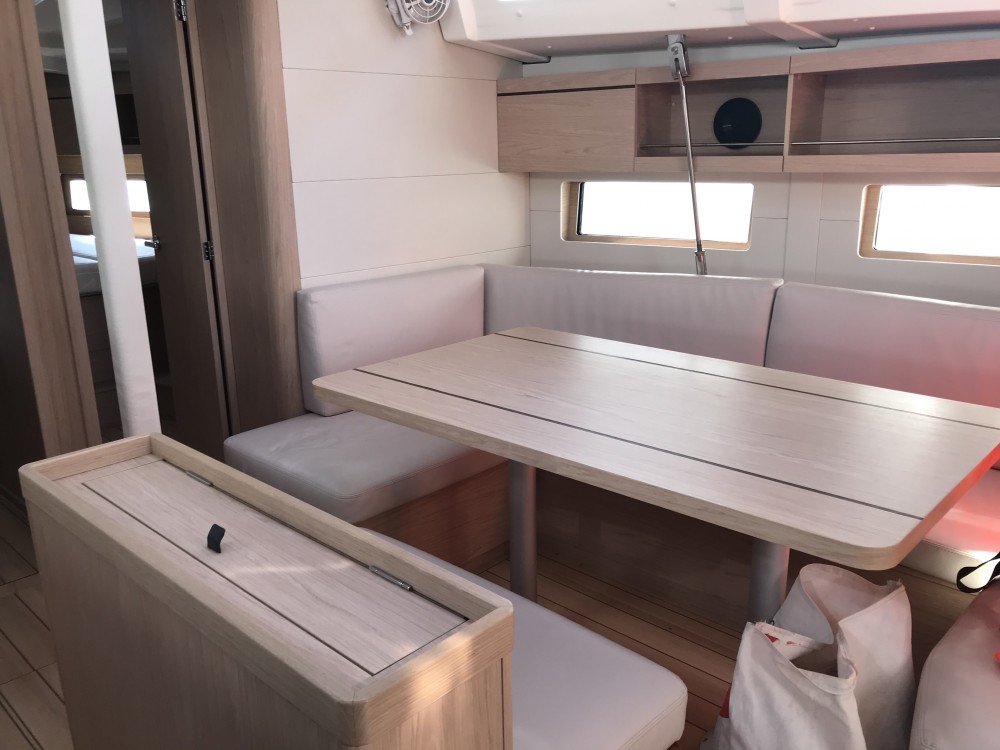 Boat rental Bénéteau Oceanis 46.1 (4 cab) in Olbia on Samboat