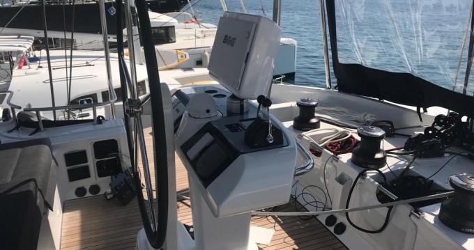 Rental Catamaran in Portisco - Lagoon Lagoon 52 F
