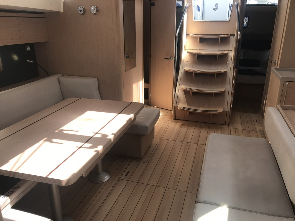 Rental Sailboat in Palma - Bénéteau Oceanis 51.1