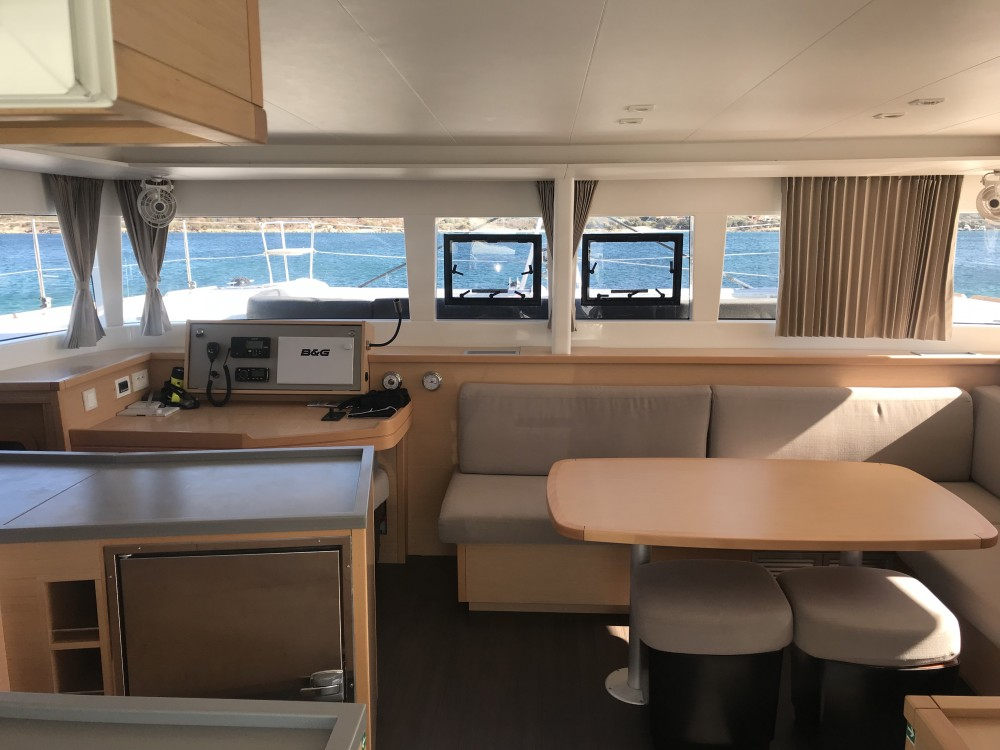 Rental Catamaran in Cala dei Sardi - Lagoon Lagoon 450F
