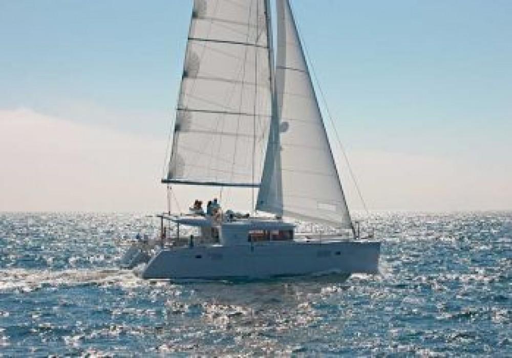 Rental yacht Cala dei Sardi - Lagoon Lagoon 450F on SamBoat