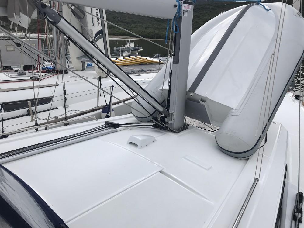 Rental Sailboat in Cala dei Sardi - Bénéteau Oceanis 38.1