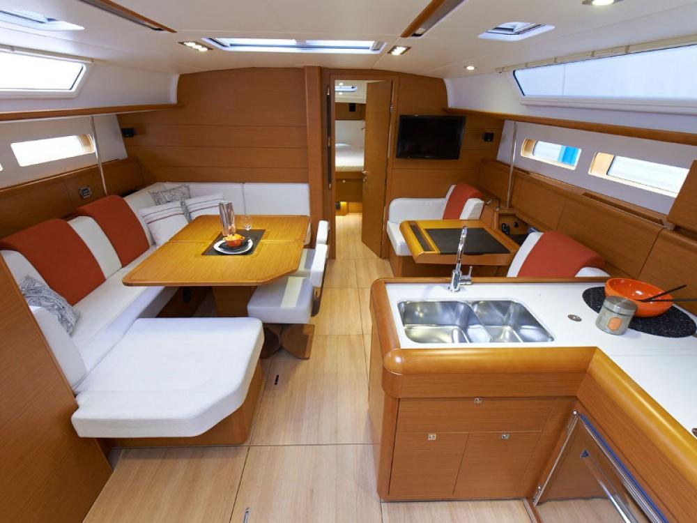 Jeanneau Sun Odyssey 469 between personal and professional Felanitx