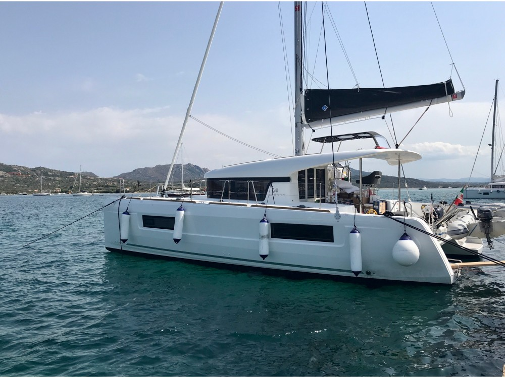 Lagoon Lagoon 40 (4 cabs) between personal and professional Olbia