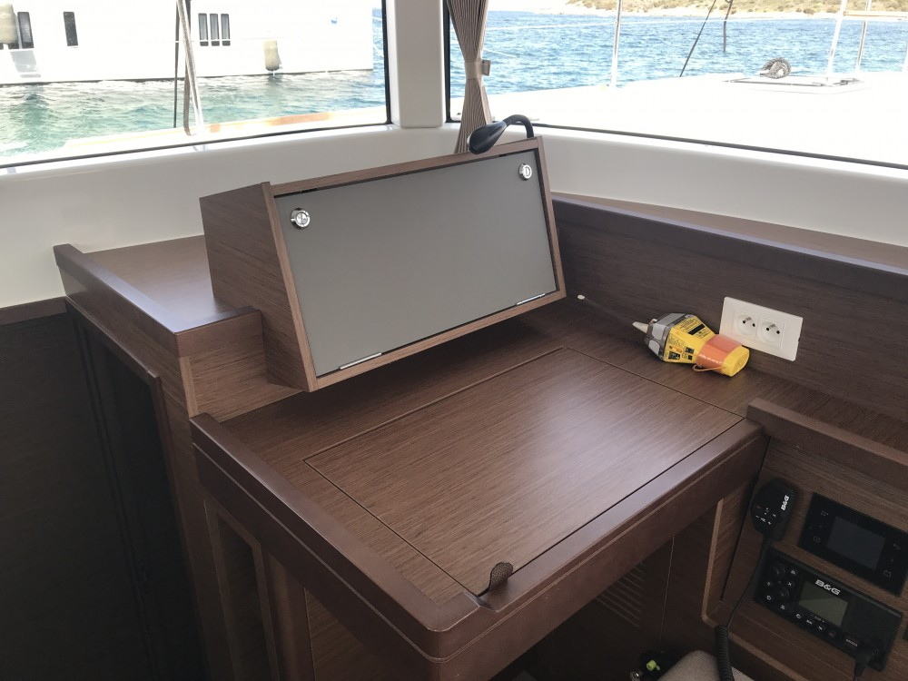 Rental Catamaran in Olbia - Lagoon Lagoon 40 (4 cabs)