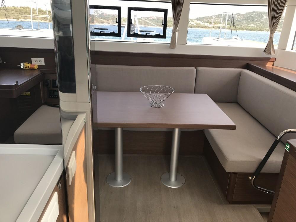 Rental yacht Olbia - Lagoon Lagoon 40 (4 cabs) on SamBoat