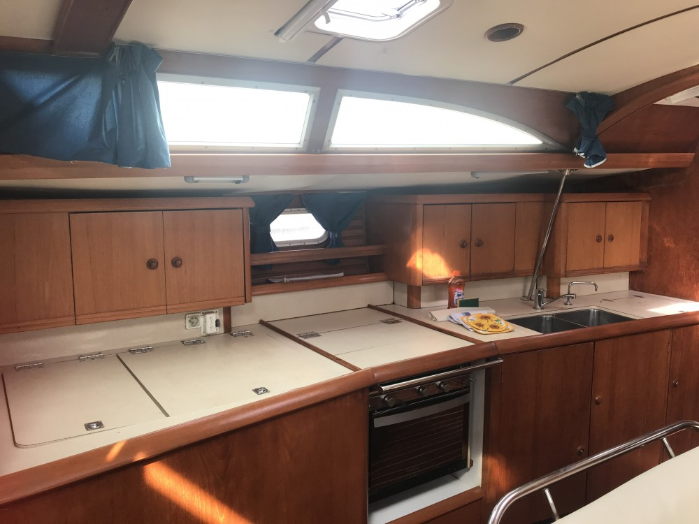 Jeanneau Sun Odyssey 45.2 Dubhe between personal and professional Olbia