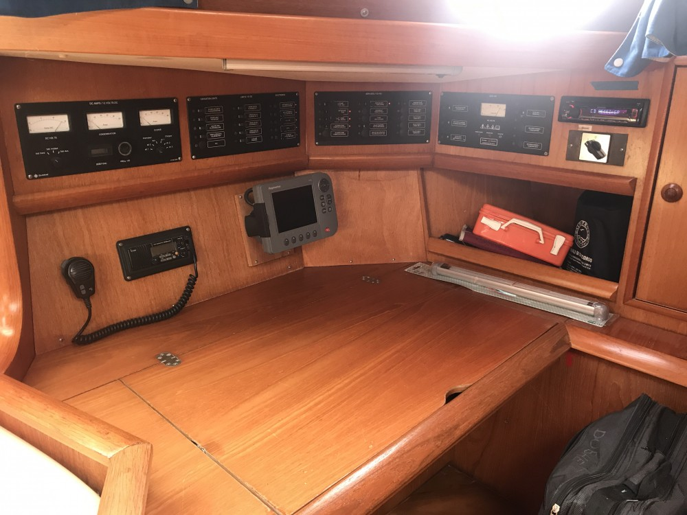 Rental Sailboat in Cala dei Sardi - Jeanneau Sun Odyssey 45.2 Dubhe