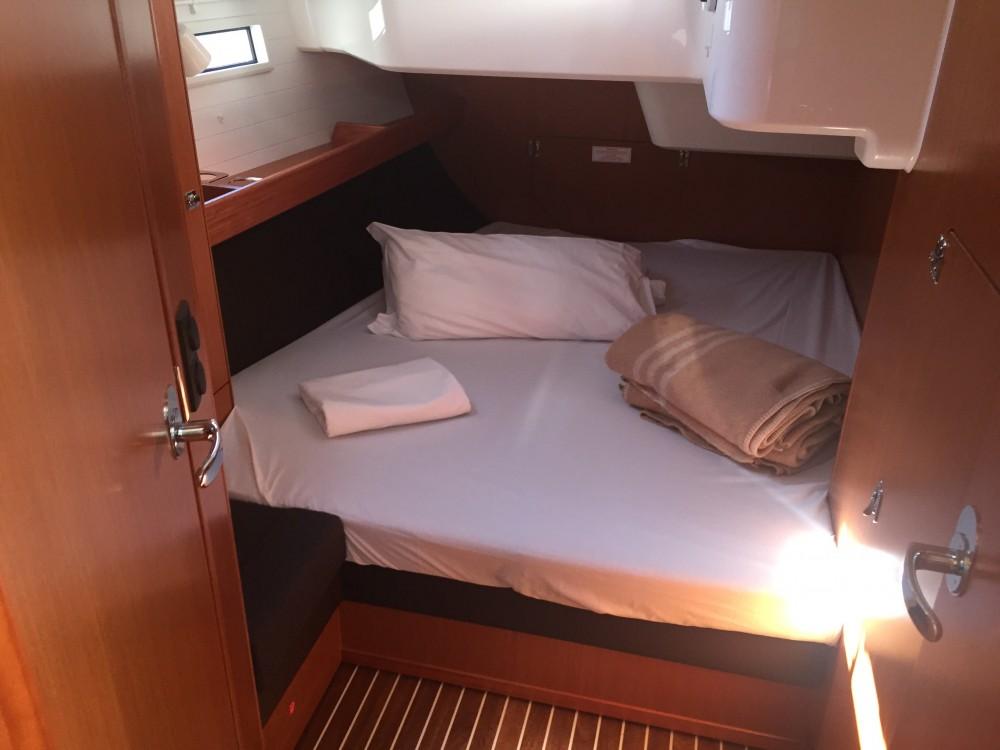 Rental Sailboat in Castiglioncello - Bavaria Bavaria Cruiser 51