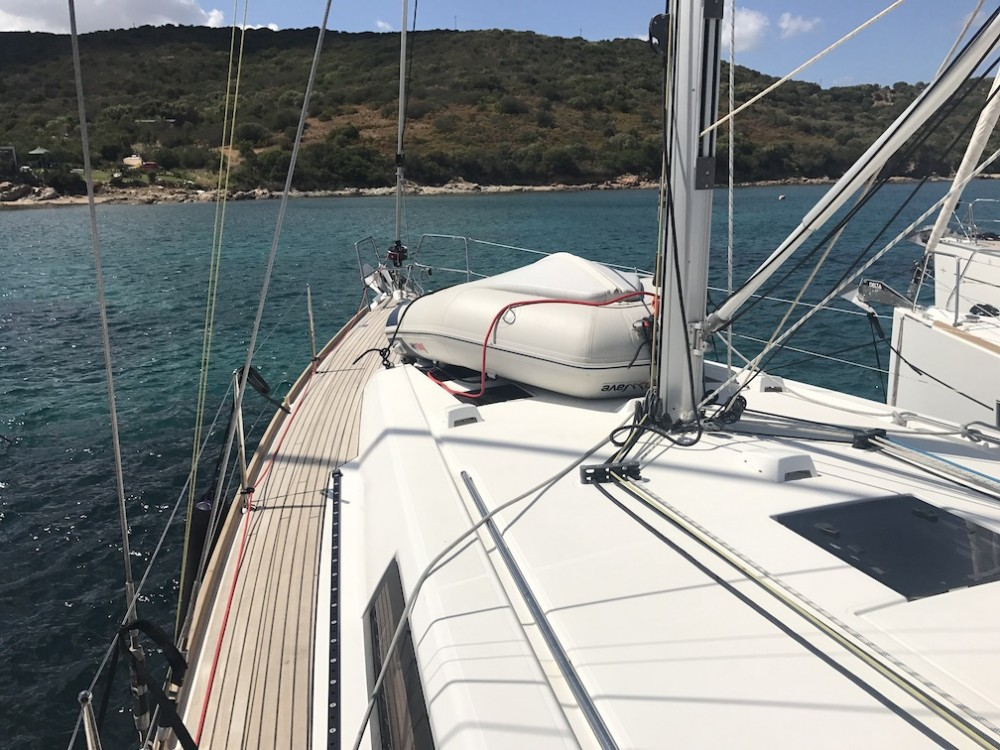 Boat rental Cala dei Sardi cheap Oceanis 45