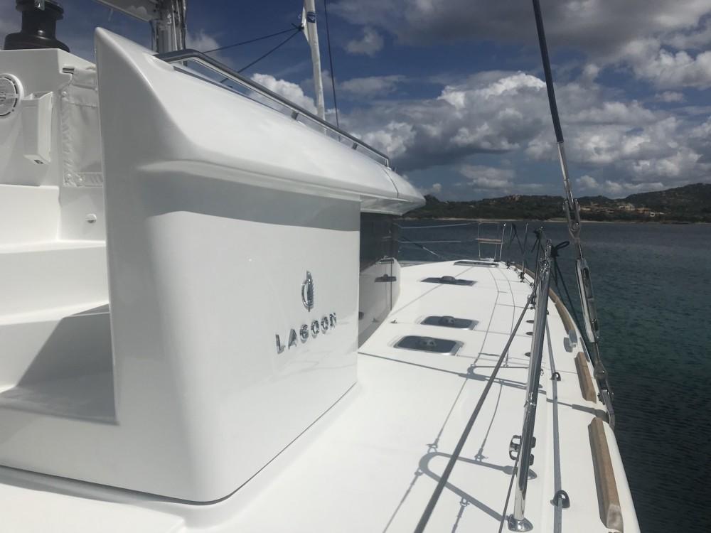 Boat rental Lagoon Lagoon 450F in Saint-Georges on Samboat