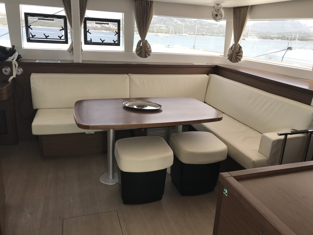 Rental Catamaran in Saint-Georges - Lagoon Lagoon 450F