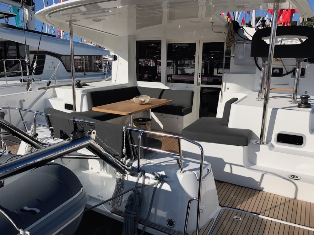 Rental Catamaran in Olbia - Lagoon Lagoon 40