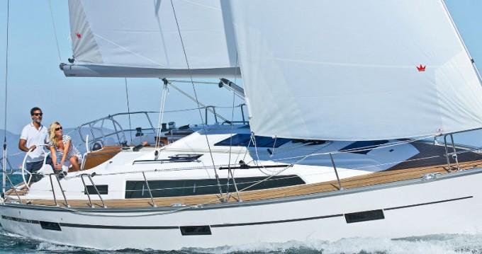 Boat rental Bavaria Cruiser 37 in Capo d'Orlando on Samboat