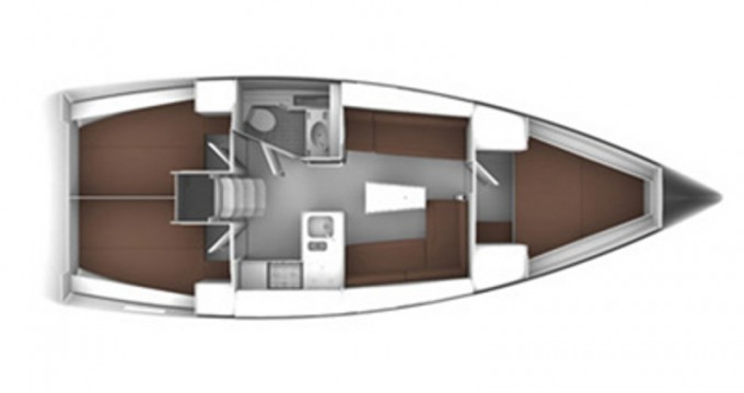 Bavaria Cruiser 37 between personal and professional Capo d'Orlando