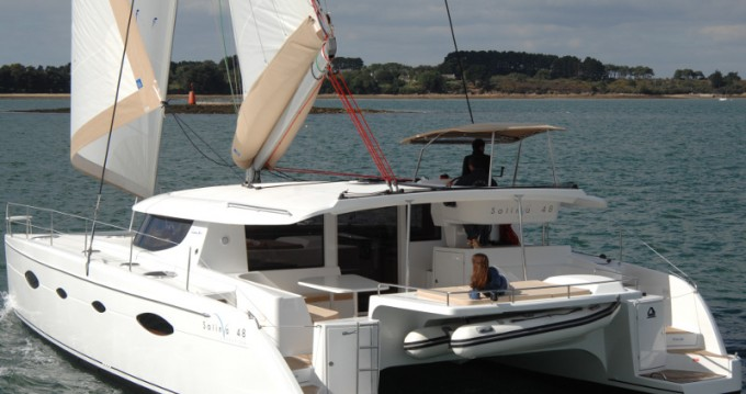 Rental yacht Alimos - Fountaine Pajot Salina 48 on SamBoat