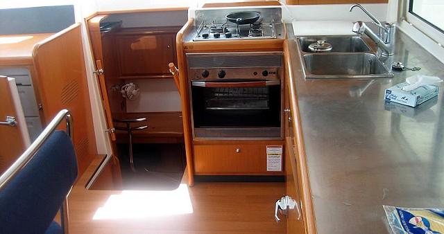 Rental Catamaran in Rhodes - Lagoon Lagoon 400