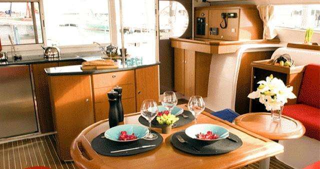 Rental yacht Gouvia - Nautitech Nautitech 47 Power on SamBoat