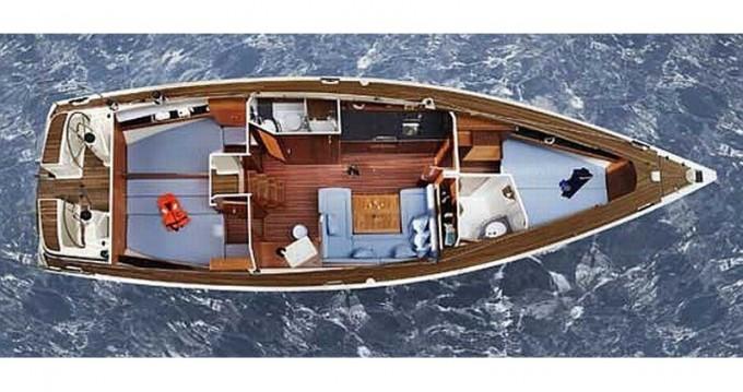 Boat rental Alimos cheap Bavaria 43 Cruiser