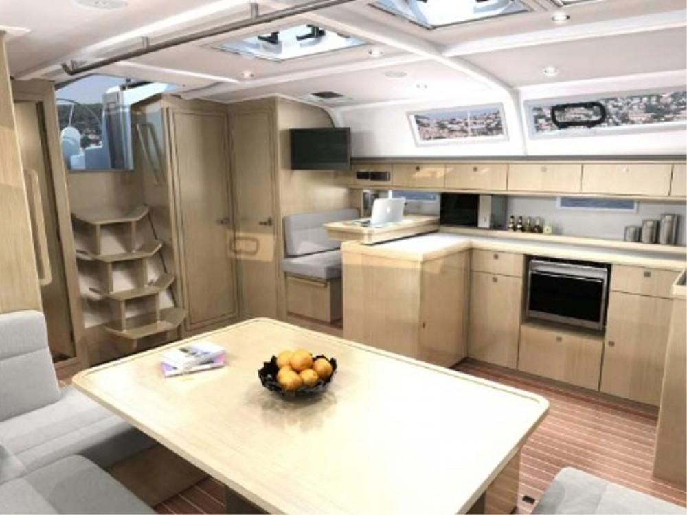 Sailboat for rent Port de Bormes at the best price