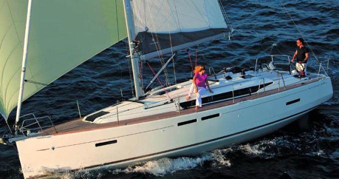 Boat rental Paros Island cheap Sun Odyssey 419