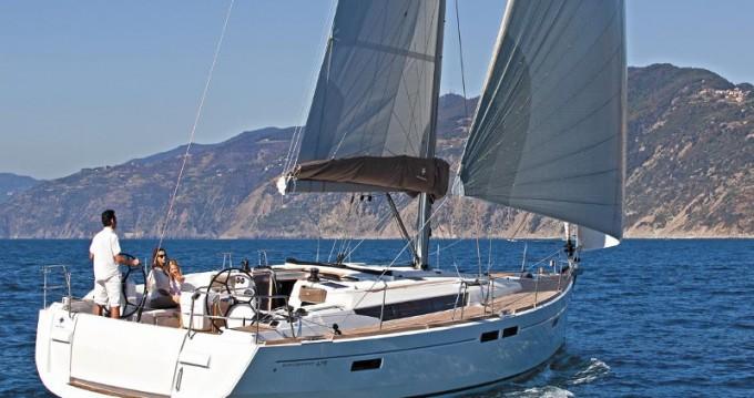 Rental Sailboat in Alimos - Jeanneau Sun Odyssey 479
