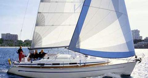Boat rental Bavaria Cruiser 36 in Alimos on Samboat