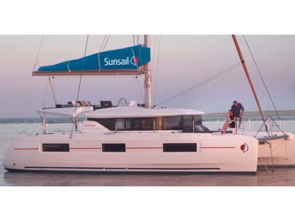 Lagoon Sunsail 46 Cat between personal and professional Palma
