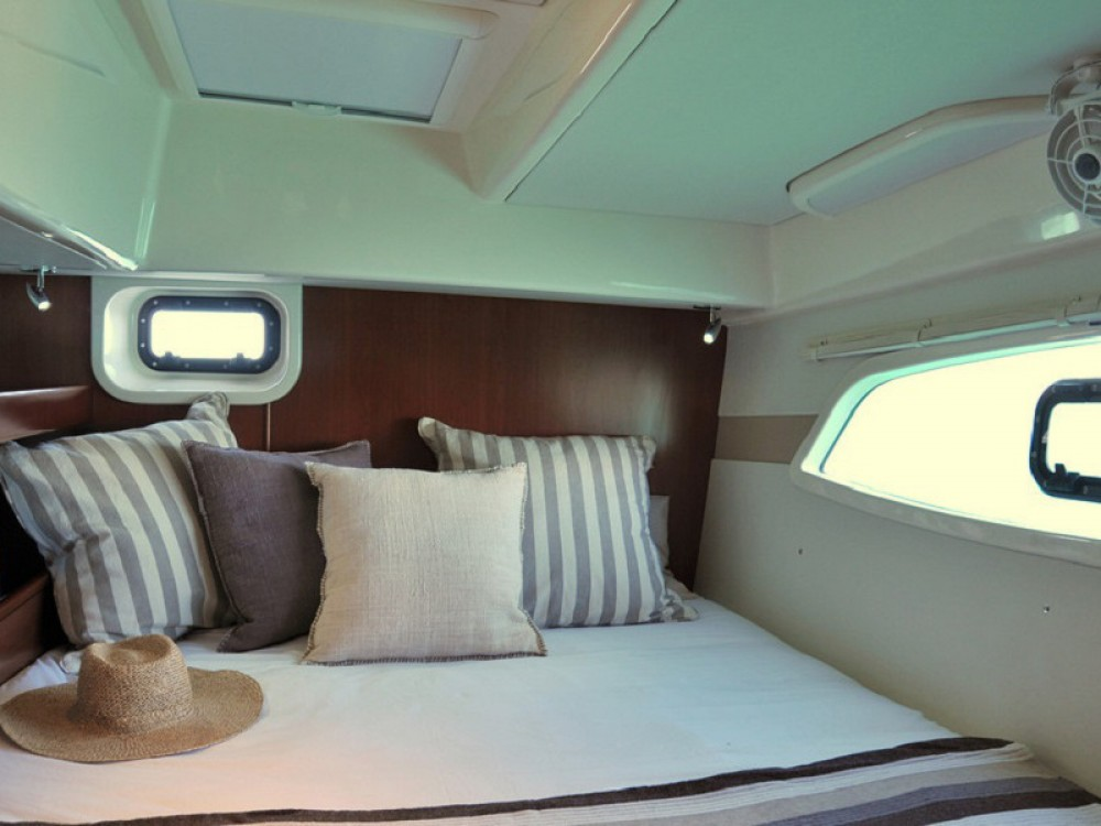 Boat rental Îles Sous-le-Vent cheap Sunsail 444