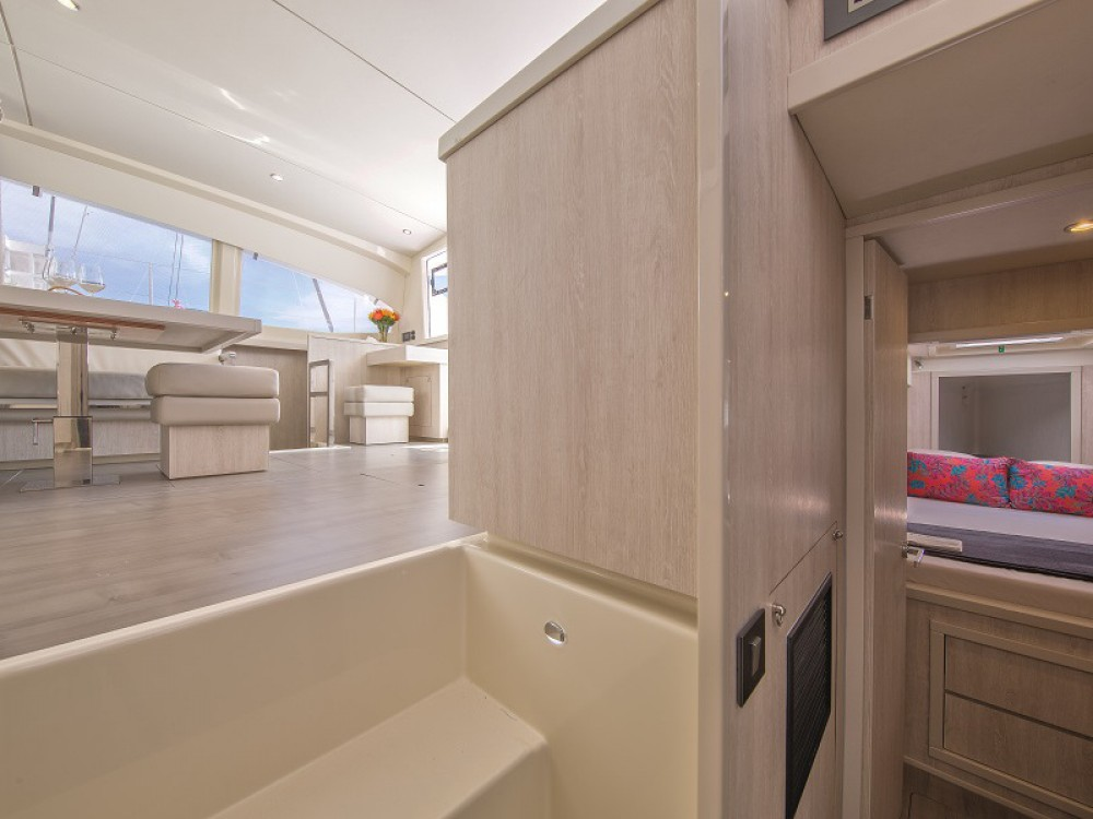 Hire Catamaran with or without skipper Leopard St. George's