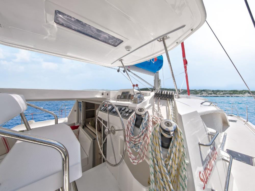 Boat rental Leopard Sunsail 404 in Lefkada on Samboat