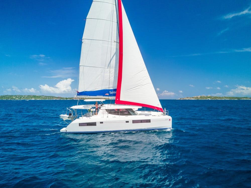 Rental Catamaran in  - Leopard Sunsail 454