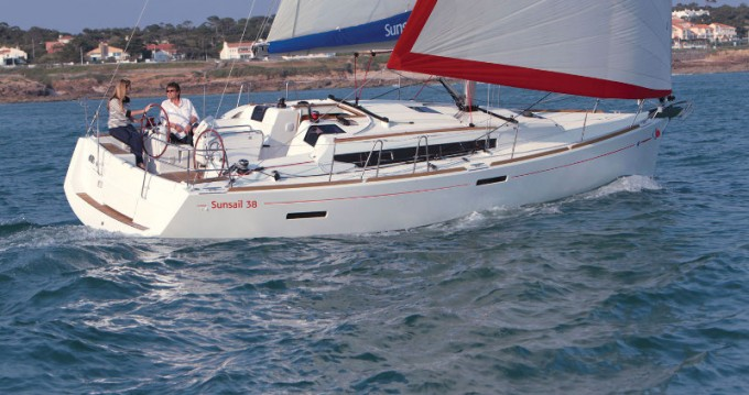 Jeanneau Sunsail 38 between personal and professional Dubrovnik