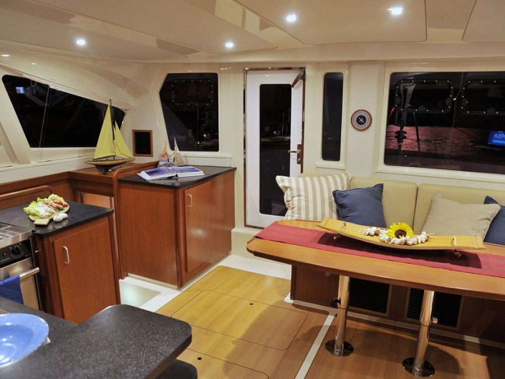 Leopard Sunsail 444 between personal and professional Antigua and Barbuda